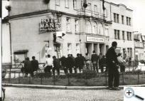 srpen_1968-sundvn_smrnk_na_kiovatce.jpg